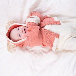 Bluum stickad byxa och jacka med kaninöron - i Zarina
