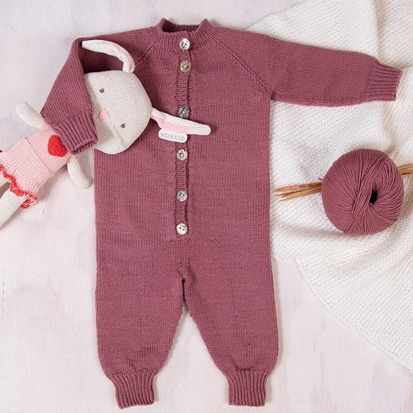 Bluum-stickad-dress-med-raglan-2.jpeg