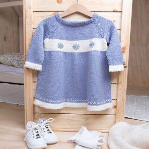 Bluum stickad klänning - Blomsterflickan - i Zarina
