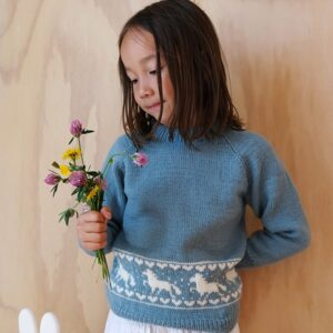 Bluum stickning - Hästtröjan i Pure Eco Baby Wool