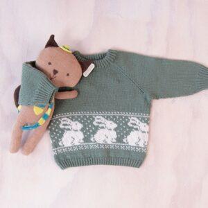Bluum stickad tröja - Kanin i Pure Eco Baby Wool