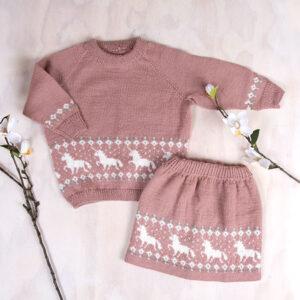 Bluum stickningsset - Enhörning tröja och kjol i Pure Eco Baby Woo
