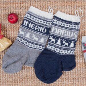 Bluum stickning - Julstrumpor Renar och valfria namn Pure Eco Baby Wool