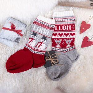 Bluum stickning - Julstrumpor Snögubbe och Rudolf i Soft Merino Ull