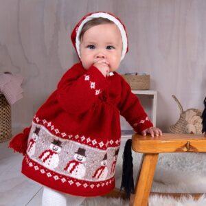 Bluum stickning - Snögubbe klänning med tomteluva i Soft Merino Ull